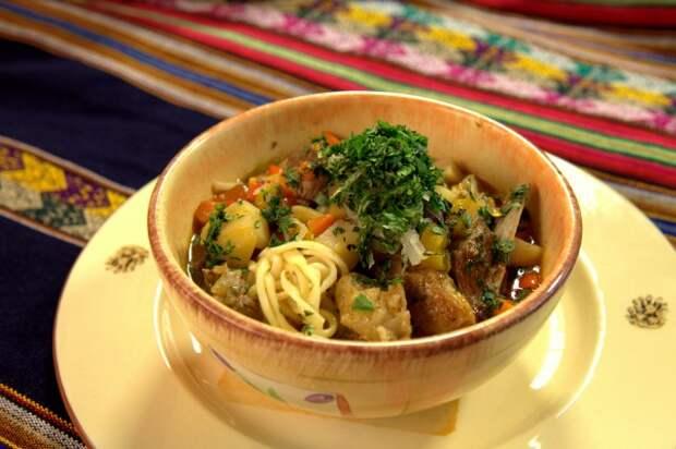 Как тянуть лагман и готовить мясо с овощами