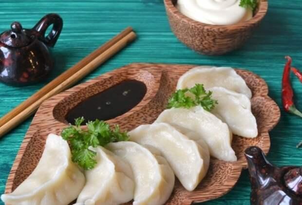 Рецепты по четвергам. Вареники с морепродуктами (4)