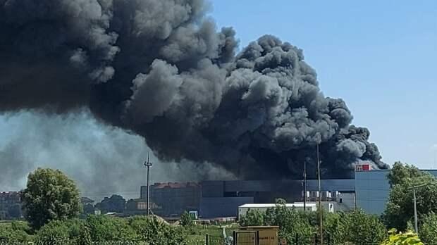 Пожар на заводе компании «Мираторг» в Калининграде почти потушен