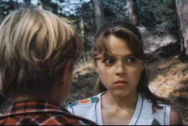 """Как сложилась судьба девочки из страшной сцены с лягушкой, фильма """"До первой крови""""."""