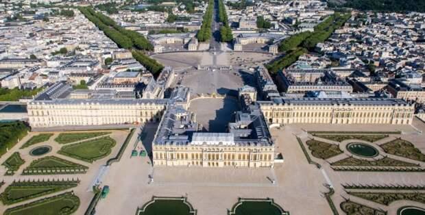 Версаль — дворец, в котором не было ни одного туалета