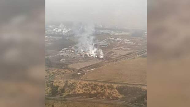 Склады загорелись рядом с аэропортом Пулково