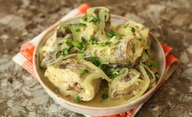 Думаете минтай сухая и невкусная рыба – значит просто не умеете ее готовить: готовлю на сковороде за 15 минут и очень сочно