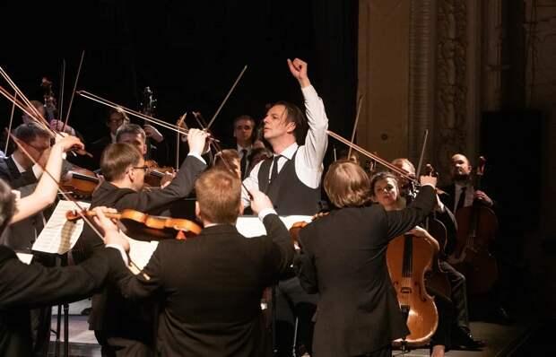 Теодор Курентзис иоркестр musicAeterna выступили вНижнем Новгороде