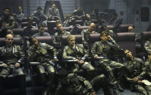 kinopoisk.ru-Battlestar-Galactica-2094431