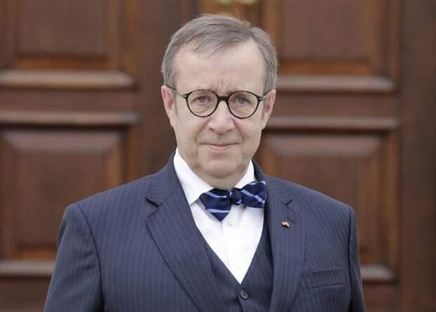 Экс-президент Эстонии призвал запретить россиянам въезд в Евросоюз