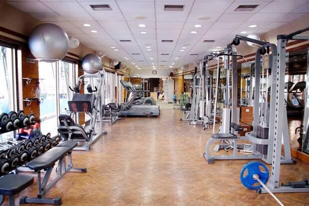 Фитнес-клубы и кинотеатры закроют в Удмуртии с 28 марта