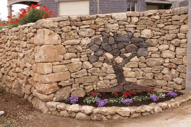 Примеры использования камней в ландшафтном дизайне (18 фото)