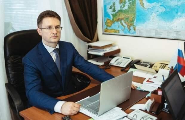 Депутат-миллионер не советует коллегам отказываться от пенсий: «большинство из них обычные люди»