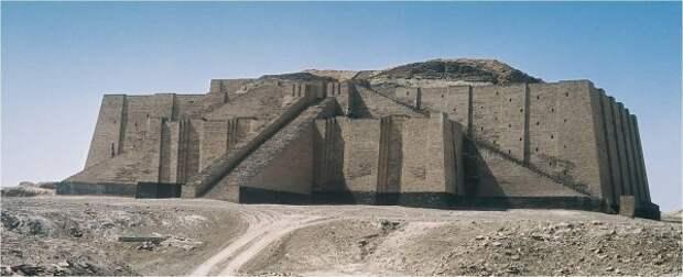 3200 -3000 г. до н.э. Белый храм и зиккурат был возведен на Варка или Урук (Шумер)