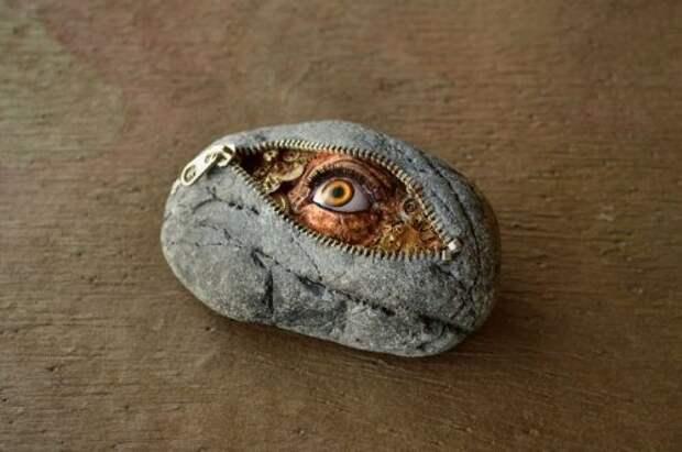Скульптуры из речного камня