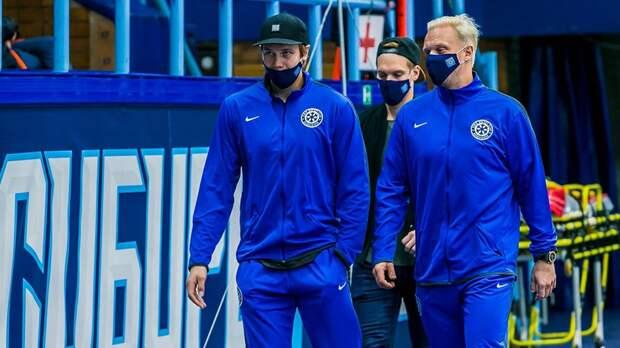 Разгильдяйство игроков, маски и пустые трибуны. Клубы КХЛ впервые сыграли во время пандемии коронавируса