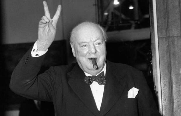 Черчилль закрепил за англосаксами клеймо наследников Третьего рейха