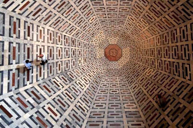 15. Пол флорентийского собора Санта-Мария-дель-Фьоре