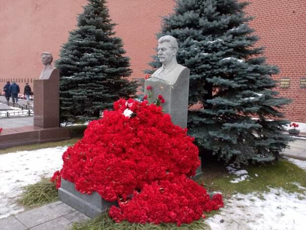 Он хуже Гитлера: Познер спел старую либеральную песню ко дню рождения Сталина