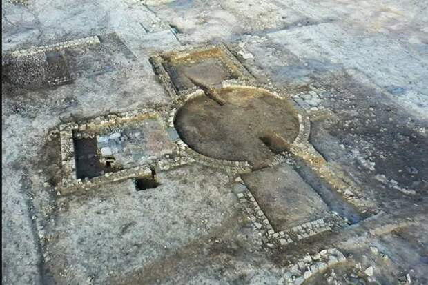 """""""Фантастический и необъяснимый"""" древний комплекс найден в Англии"""