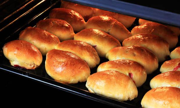 Пирожки с вареньем.