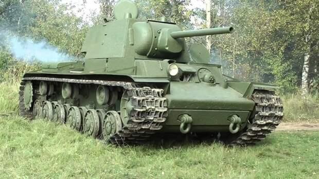 Экипаж советского танка двое суток вел бой в тылу врага в июне 1941.