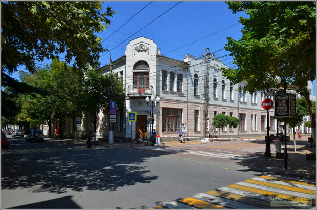 В Симферопольской музыкальной школе концертный зал находится в аварийном состоянии более 15 лет