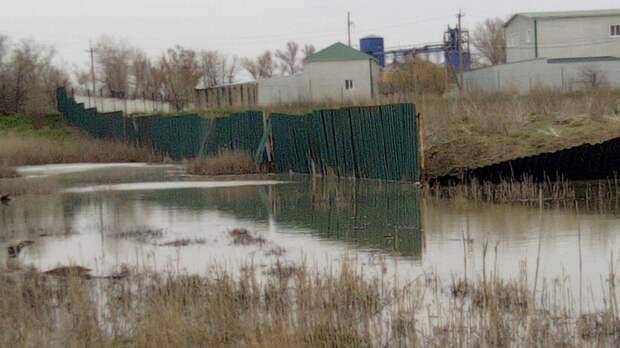 Продукты гниения сосвалки вРостовской области попадают вгрунтовые воды