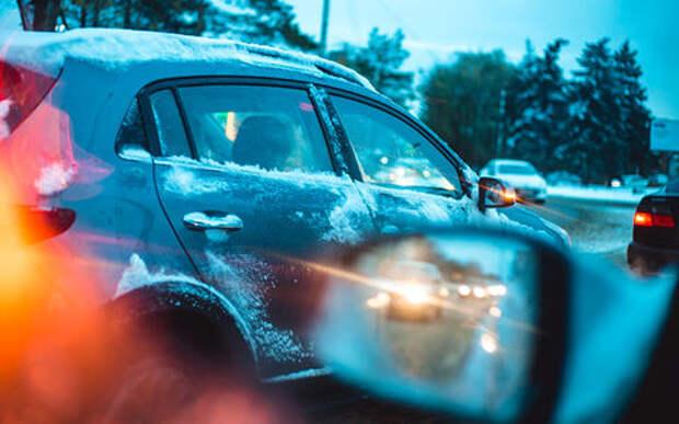 Первый снег и первый гололед – 8 простых приемов опытных водителей