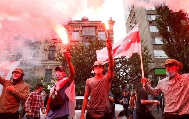 Белоруссия: кто стремится довести ситуацию до опасной черты?