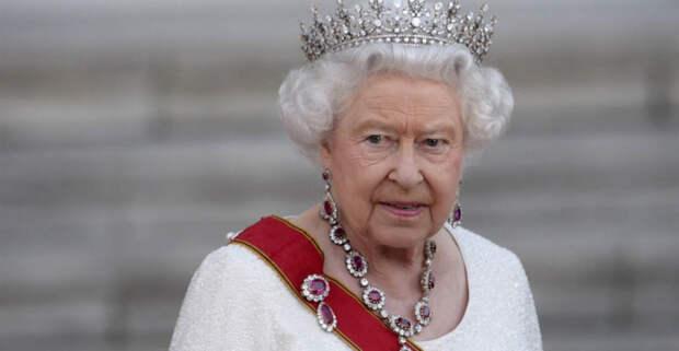 Тайны Букингемского дворца, или о чем молчала Елизавета 2 более полу века