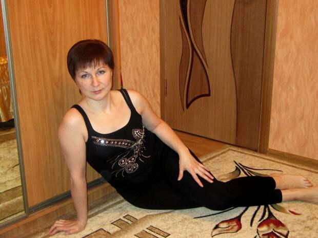 Россиянка в майке со стразами. /Фото: i02.fotocdn.net