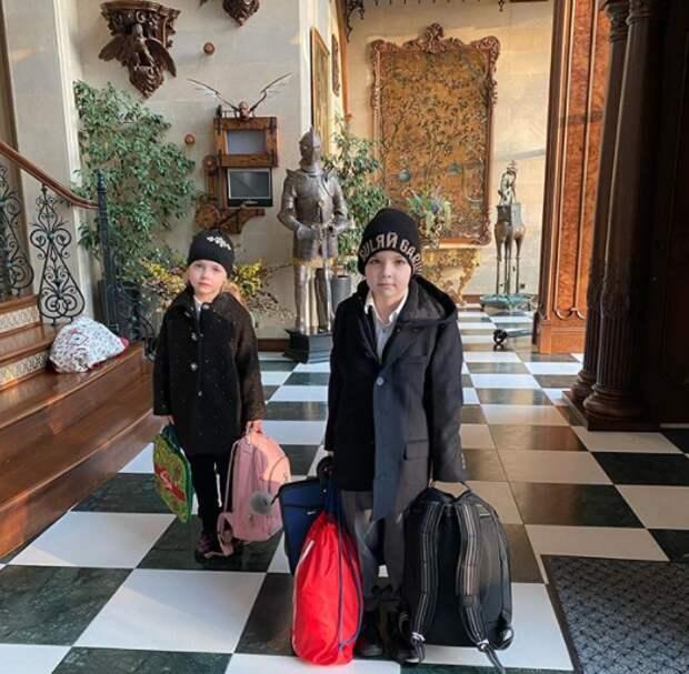 Грустных Лизу и Гарри пожалели подписчики Максима Галкина