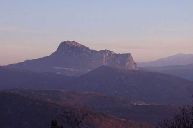ТОП-10: Горы и пещеры, которые связывают с деятельностью инопланетян