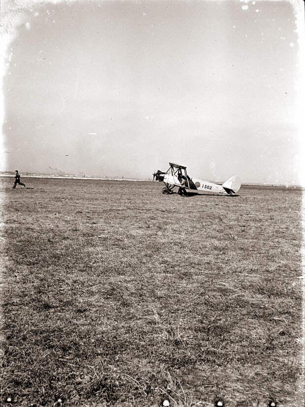 1930s Japanese Airplane #1502