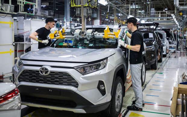 Новый Toyota RAV4 начали собирать в России