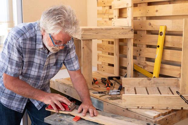 Простая мебель из подручных материалов, которую под силу сделать каждому