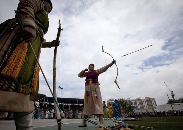 Традиционное монгольское состязание «Надом»