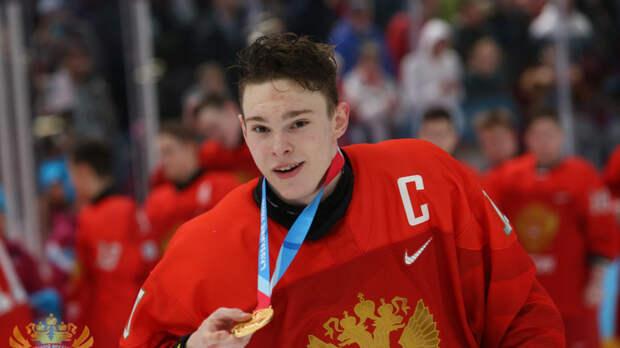 СМИ: Российский хоккеист пропустит ЮЧМ по решению властей США