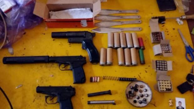 Севастопольца задержали за незаконное изготовление и хранение оружия и боеприпасов