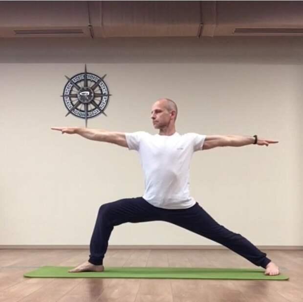 В Лосинке в рамках проекта «Московское долголетие» продолжаются занятия по йоге