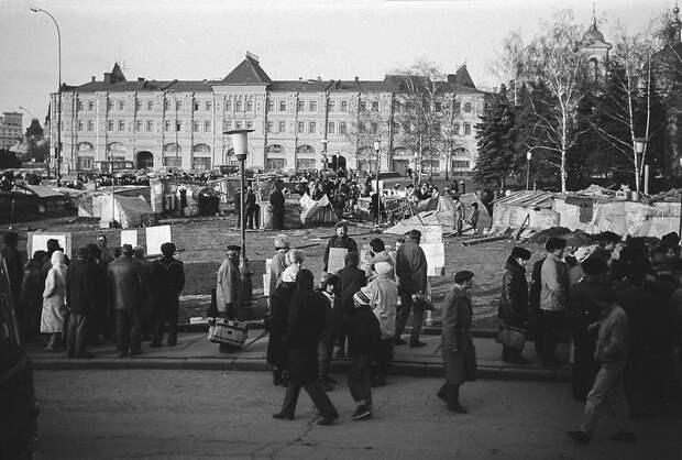 палатка, городок, кремль, 90-е