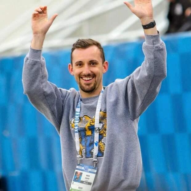 Допрыгались: почему тренеров команды чирлидеров спозором уволили