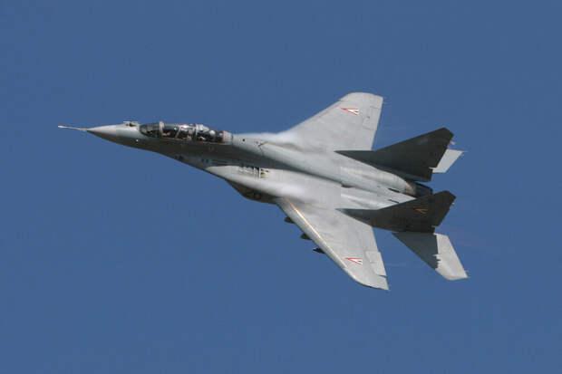 Истребитель МиГ-29 сгорел в Астраханской области