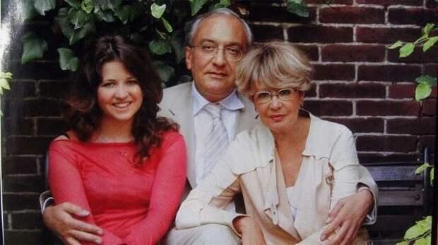 Почему Гарри Каспаров предал Марину Неелову и не признал родную дочь