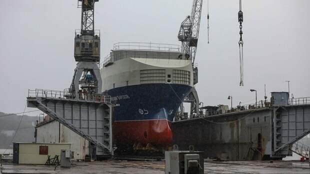 Власти Приморья прокомментировали спуск на воду малого морского танкера «Михаил Барсков»