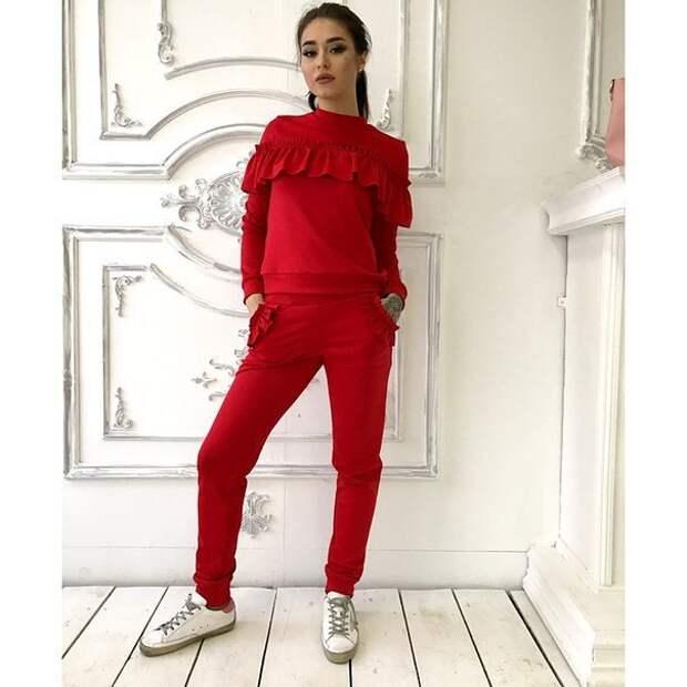 Дополняем гардероб красными вещами в 2018-м