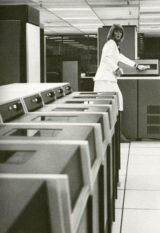 Офисный планктон, 1960-е