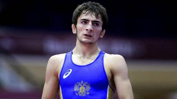 Российский борец Магомедов завоевал золото на чемпионате Европы