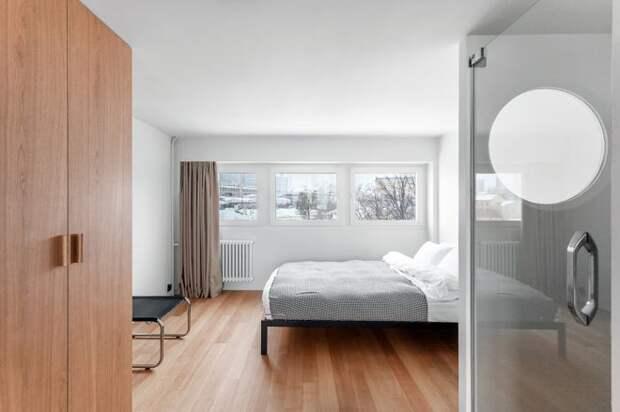 Современный Спальня by Studio Bazi