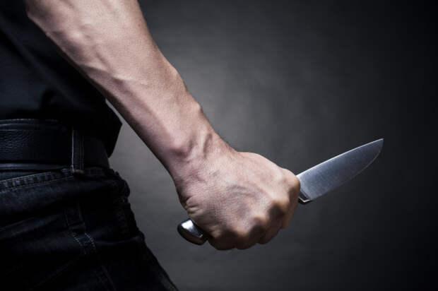 На Кубани мужчина зарезал коллегу