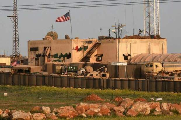 США создали в Сирии новую военную базу прямо на границе с Турцией