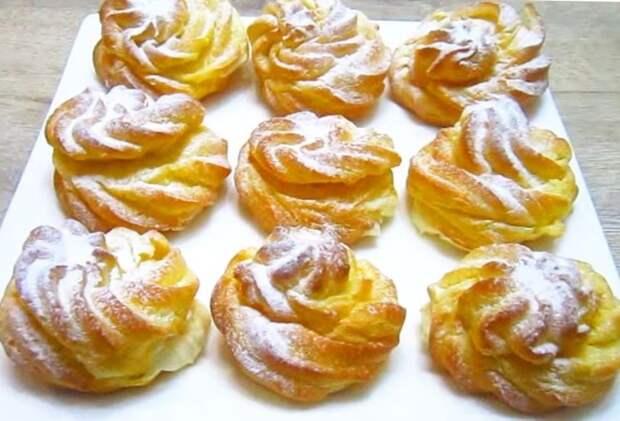 Воздушные пирожные с нежным и ароматным кремом: получаются даже в начинающих кулинаров