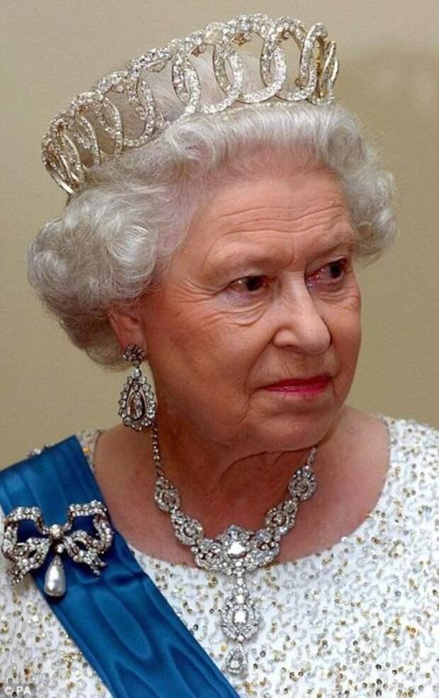 Елизавета II. / Фото: www.pinimg.com
